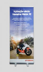 Roll-up Yamaha